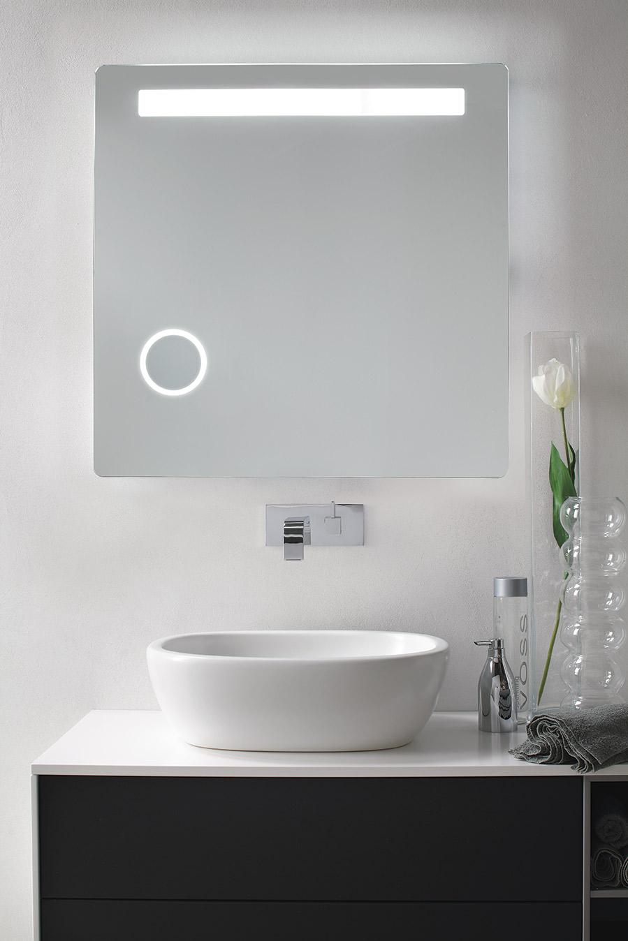 Specchiera bagno retroilluminata LED modello Lybra
